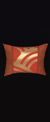 ABSTRACT GOLD WAVES PILLOW