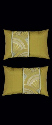 GOLD CHRYSANTHEMUMS IN WAVE  PILLOW PAIR