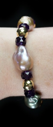Pastel Baroque Pearls with Amethyst and 14K Gold Bracelet