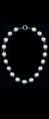 Day and Night Platinum Shell Pearl and Onyx Choker Necklace