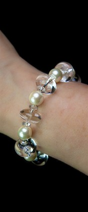 Energy White Shell Pearl and Quartz Bracelet