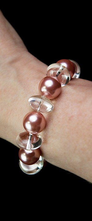 Day and Night Pink Shell Pearl and Quartz Bracelet