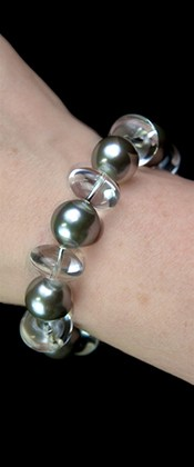 Day and Night Platinum Shell Pearl and Quartz Bracelet