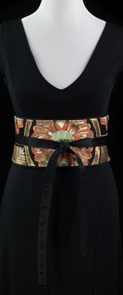 Karabana in Royal Hexagon Reversible Obi Wrap Belt