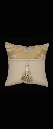 GOLD CHRYSANTHEMUMS IN WAVE  PILLOW
