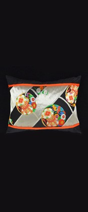 DRUMS and FLOWER CIRCLE PILLOW