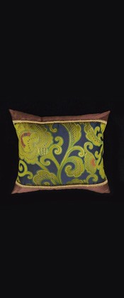GREEN ARABESQUE PILLOW